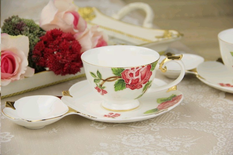 rosalee-250-2-li-gul-desenli-bone-china-cay-fincani-seti-250ml