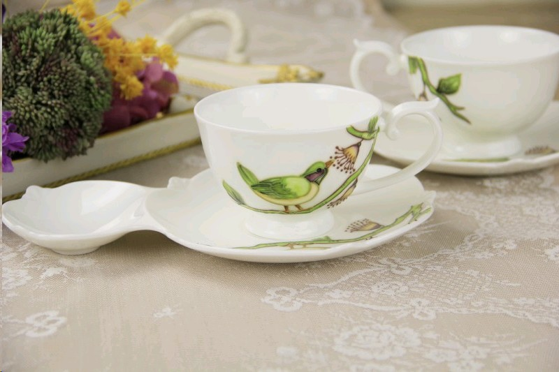 rosalee-280-2-li-kus-desenli-bone-china-cay-fincani-seti-250ml